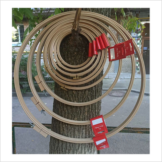 Пяльцы деревянные с зажимом, Ø 125 мм