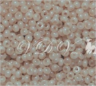 Бисер 10/0 № 431 / 02211 (алебастровый)