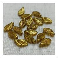 Намистини Листочки 111-01151-00030-65322 (прозорий із золотим напиленням)