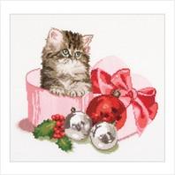 """Набор для вышивания ''Рождественский котенок"""""""