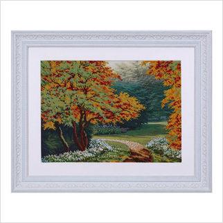 """Вышитая бисером картина """"Осенняя аллея"""""""