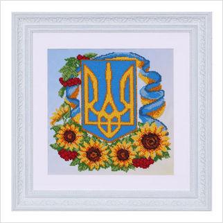"""Вышитая бисером картина """"Герб с цветами"""""""