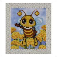 """Вышитая бисером картина """"Пчелка"""""""