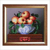 "Вышитая бисером картина ""Яблоки"""
