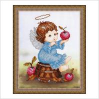 """Вышитая бисером картина """"Ангелочек с яблоками"""""""