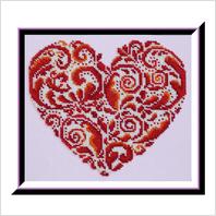 """Вышитая бисером картина """"Кружевное сердце"""""""