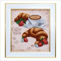 """Вышитая бисером картина """"Круассаны в кофе"""""""